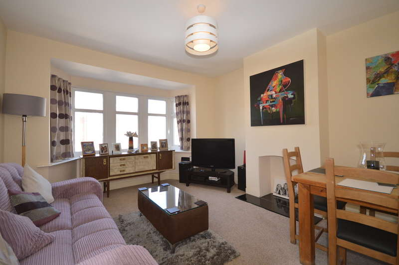 2 Bedrooms Flat for sale in Napier Avenue, South Shore