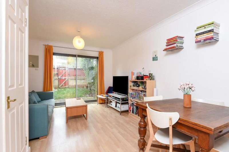 2 Bedrooms Terraced House for sale in Pincott Place, Brockley, SE4