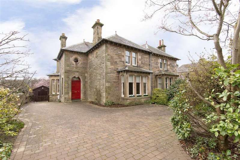 3 Bedrooms Semi Detached House for sale in East Road, Cupar