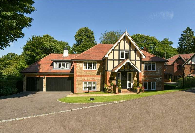 5 Bedrooms Detached House for sale in Oakland View, Oaklands, Welwyn, Hertfordshire