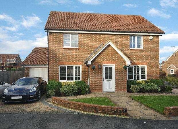 4 Bedrooms Detached House for sale in Jersey Drive, Winnersh, Wokingham,