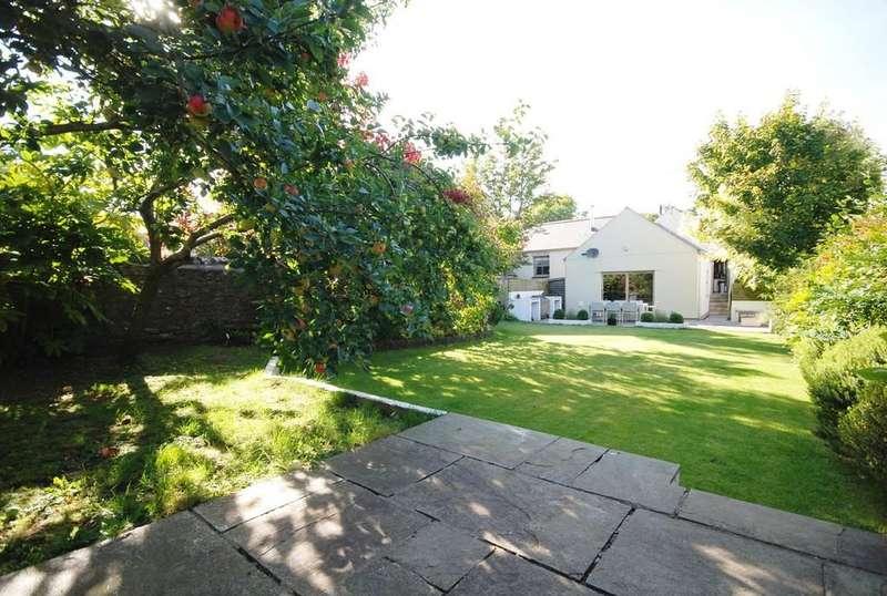 4 Bedrooms Detached House for sale in Bridge Road, Llanblethian, Near Cowbridge, Vale of Glamorgan, CF71 7JG