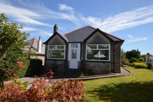 2 Bedrooms Detached Bungalow for sale in Longfield Villas, Plymstock, Plymouth, Devon
