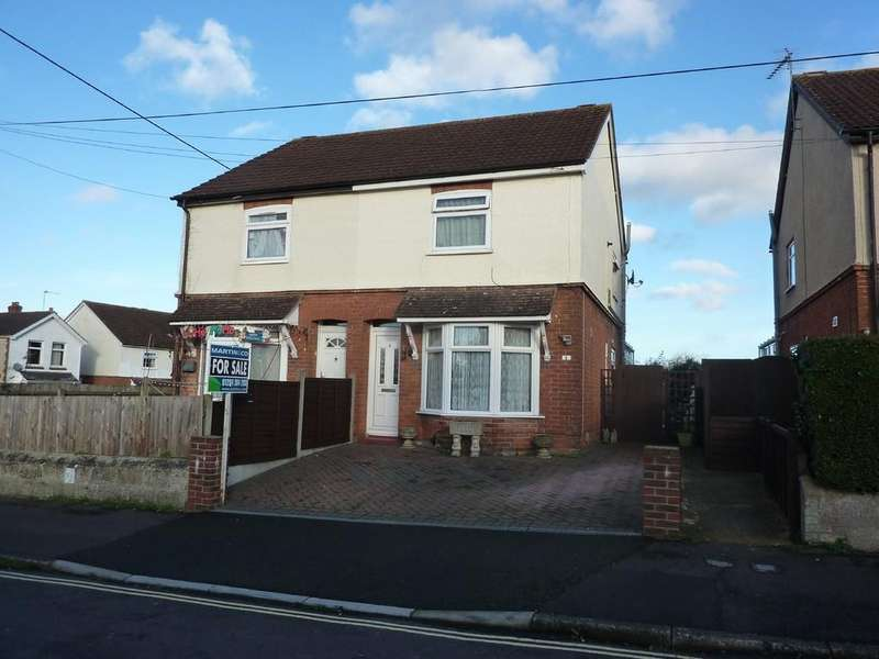3 Bedrooms Semi Detached House for sale in Batchelors Barn Road, Andover