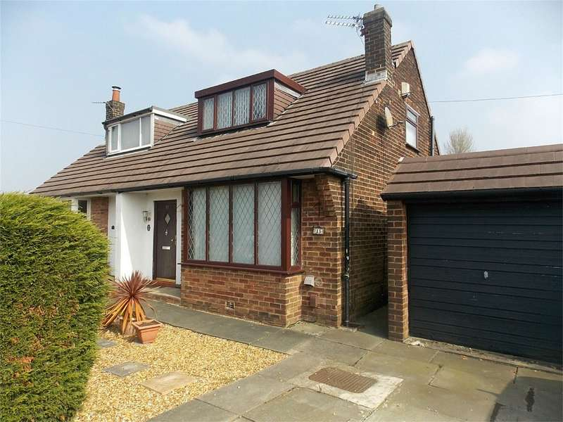 2 Bedrooms Semi Detached House for sale in Highfield Avenue, Harwood, Bolton, Lancashire