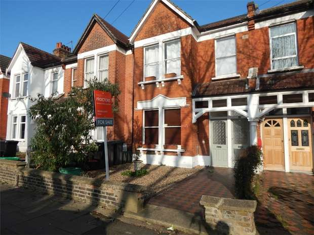 2 Bedrooms Maisonette Flat for sale in Tremaine Road, Anerley, London
