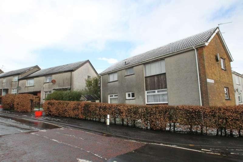 2 Bedrooms Flat for sale in Morton Road, Stewarton