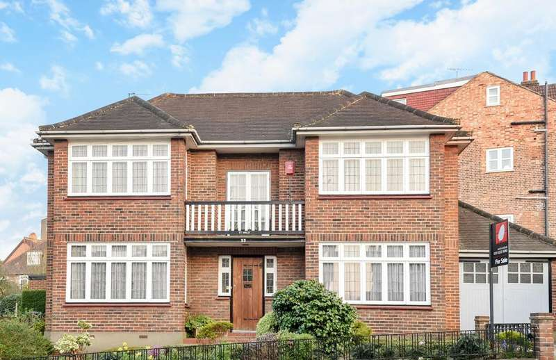 3 Bedrooms Detached House for sale in Canonbie Road, Forest Hill, London SE23