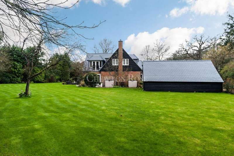 5 Bedrooms Detached House for sale in Forest Road, Ascot
