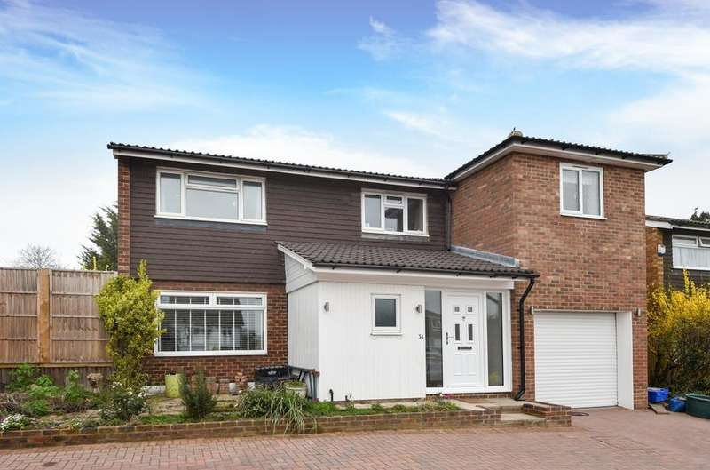 4 Bedrooms Detached House for sale in Cameron Road Bromley BR2