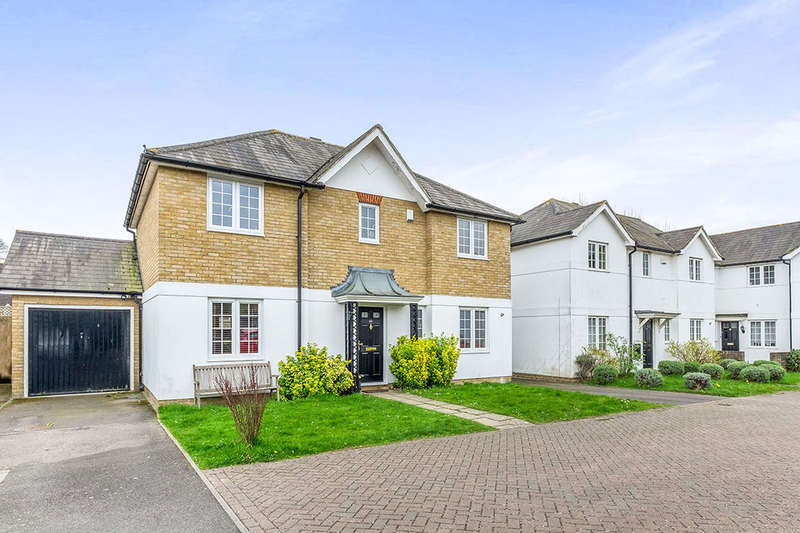 4 Bedrooms Detached House for sale in Fennel Close, Maidstone, ME16