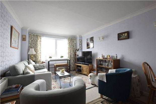 1 Bedroom Flat for sale in Homehill House, Cranfield Road, BEXHILL-ON-SEA, East Sussex, TN40 1PZ