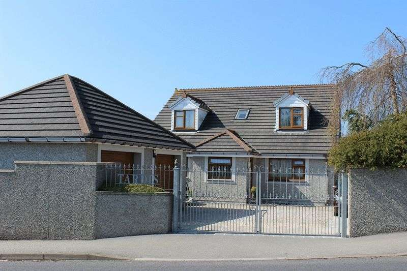 5 Bedrooms Detached House for sale in Brockstone Road, St. Austell