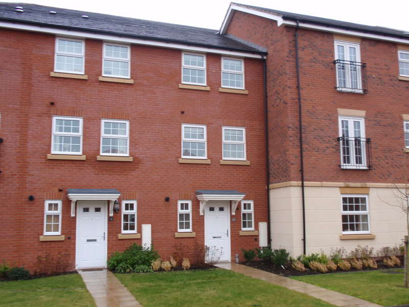 3 Bedrooms Terraced House for sale in Fernwood, Johnsons Road