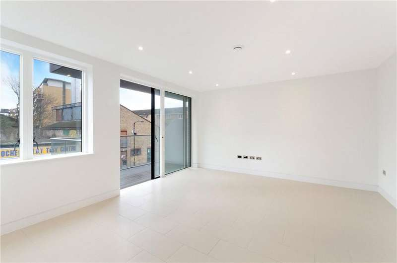 2 Bedrooms Flat for sale in Randall Court, 12 Steedman Street, London, SE17