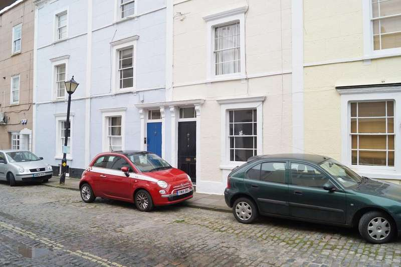 2 Bedrooms Apartment Flat for sale in Gloucester Street , Clifton, Bristol, BS8