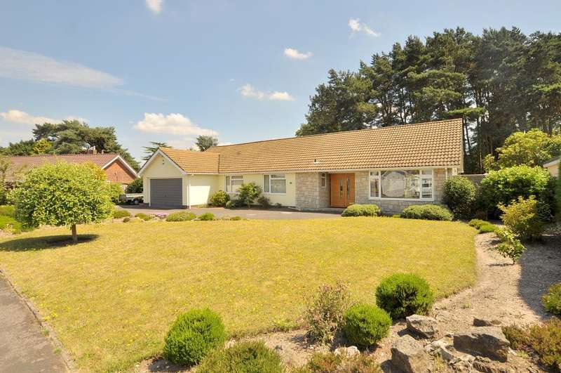 4 Bedrooms Detached Bungalow for sale in West Parley