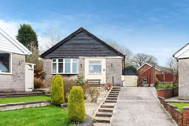 2 Bedrooms Bungalow for sale in Greenway, Congleton