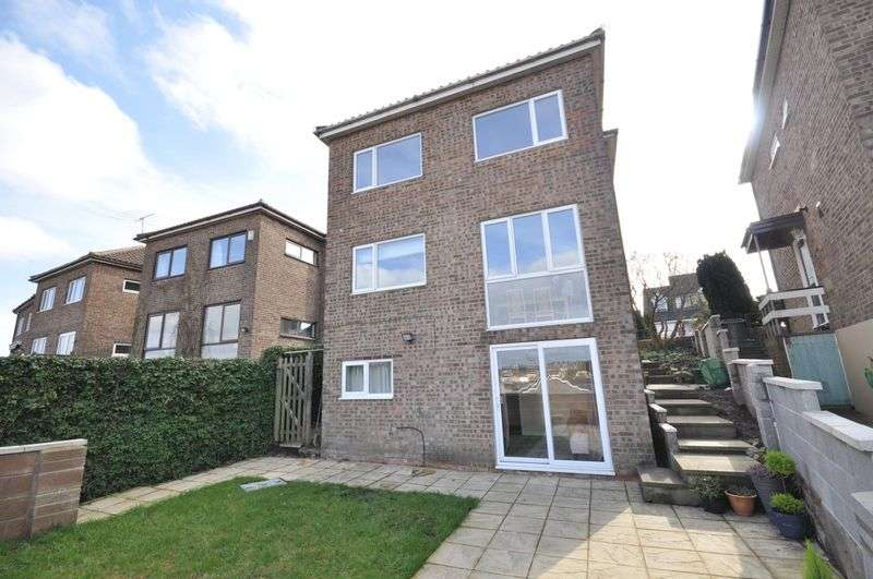 5 Bedrooms Detached House for sale in Cock Road, Bristol