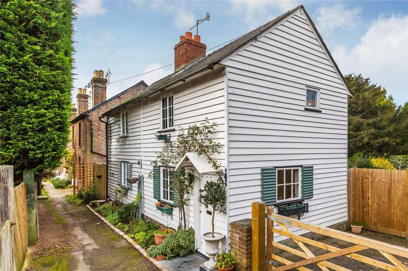 2 Bedrooms Detached House for sale in Quality Street, Merstham, Redhill, Surrey, RH1