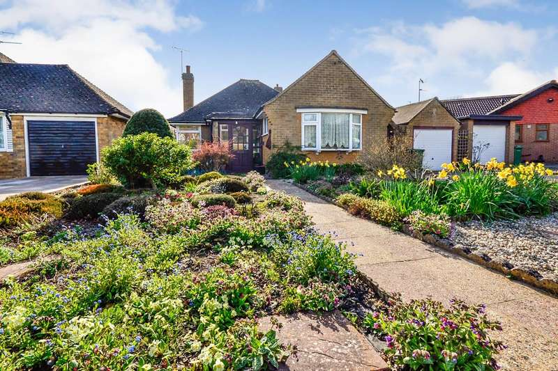 2 Bedrooms Detached Bungalow for sale in Turkey Road, Bexhill On Sea, TN39