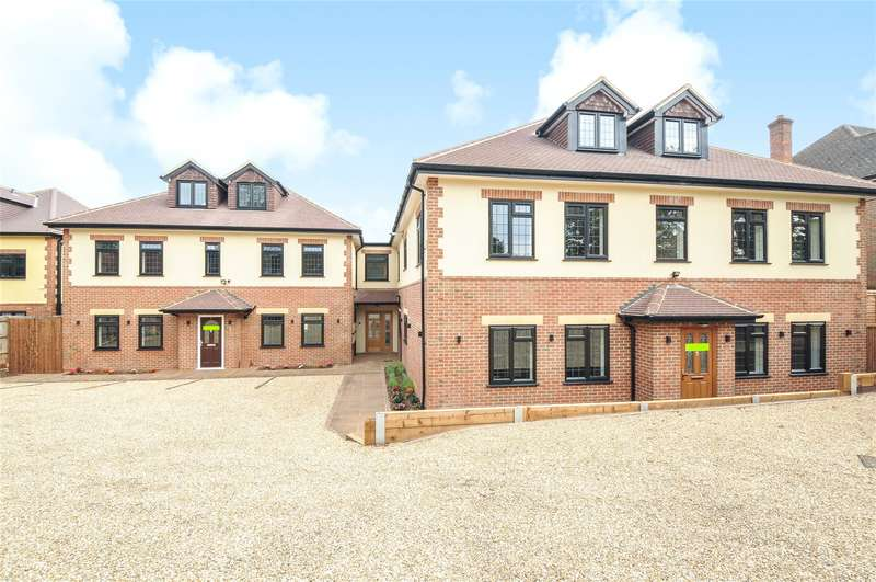 2 Bedrooms Apartment Flat for sale in Swakeleys Road, Ickenham, Middlesex, UB10