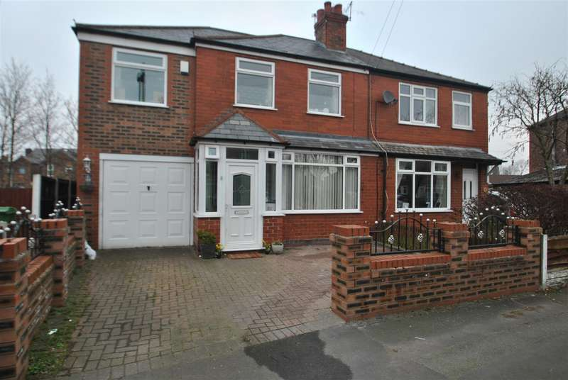 4 Bedrooms Property for sale in Oakland Street, PADGATE, Warrington, WA1