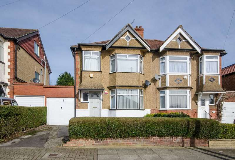 3 Bedrooms Semi Detached House for sale in Lyndhurst Avenue, Pinner, HA5