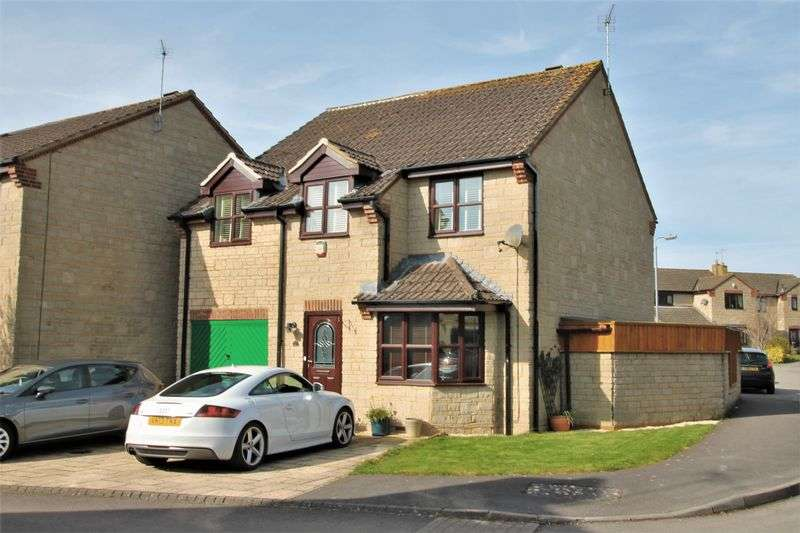 4 Bedrooms Detached House for sale in Home Ground, Cricklade, Wiltshire