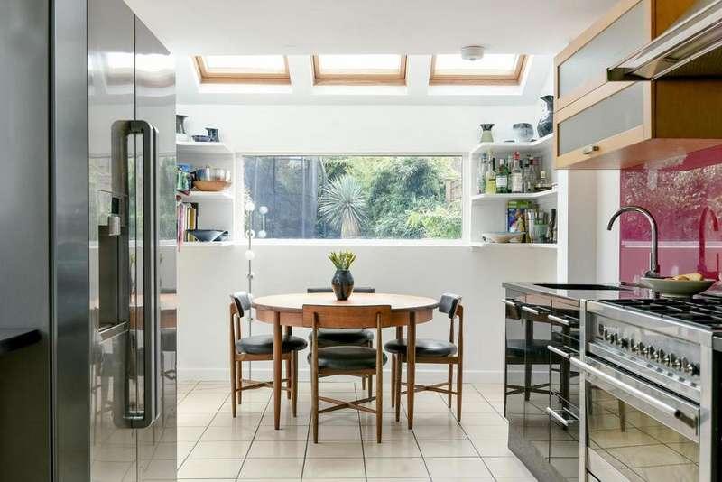 5 Bedrooms Terraced House for sale in Alderton Road, Herne Hill, SE24