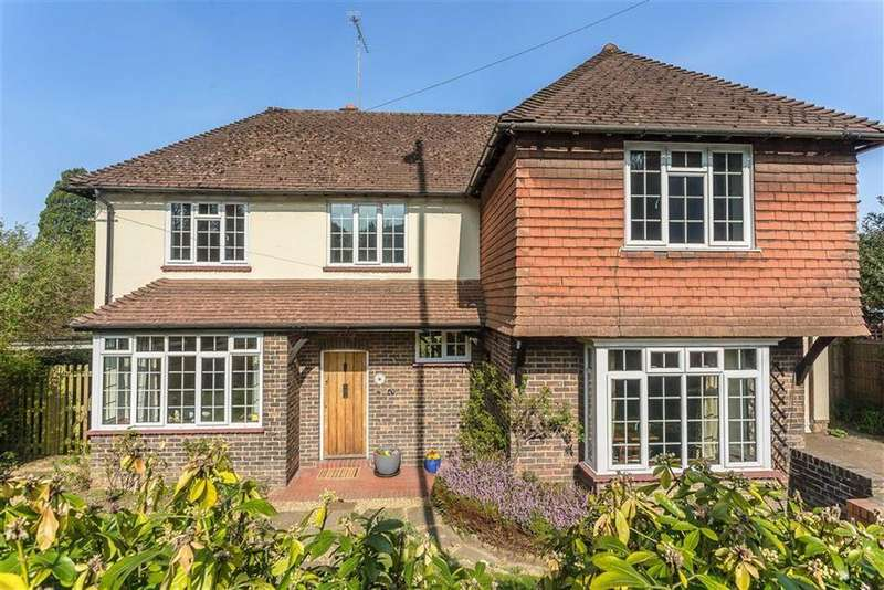 4 Bedrooms Detached House for sale in East Hill, Oxted, Surrey