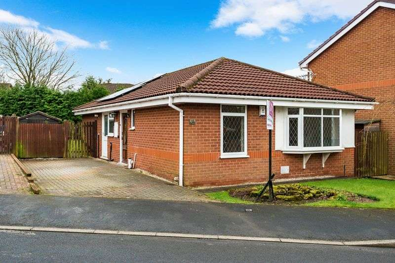 3 Bedrooms Detached Bungalow for sale in Cedar Field, Clayton le Woods, Chorley