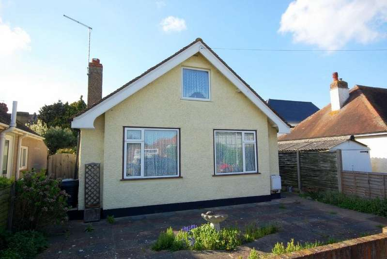 3 Bedrooms Detached Bungalow for sale in Leighville Drive, Herne Bay, Kent