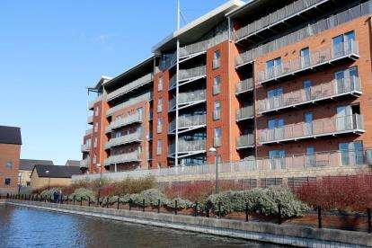 2 Bedrooms Flat for sale in Kentmere Drive, Doncaster