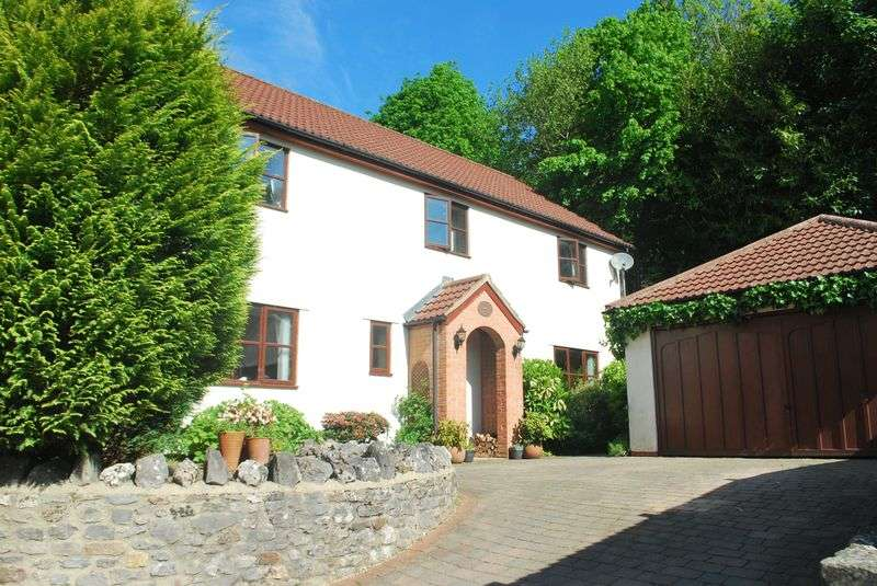 4 Bedrooms House for sale in Oakhill, Somerset