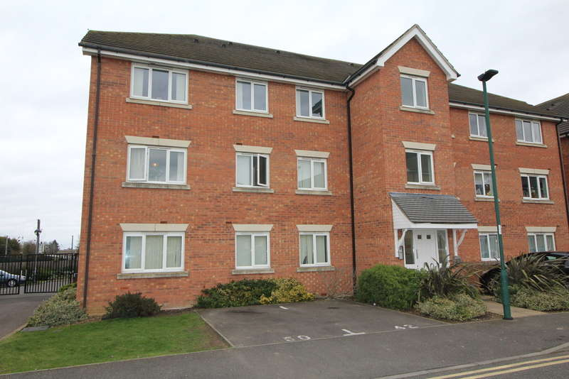 2 Bedrooms Ground Flat for sale in Fellowes Road, Fletton, Peterborough PE2 8DS
