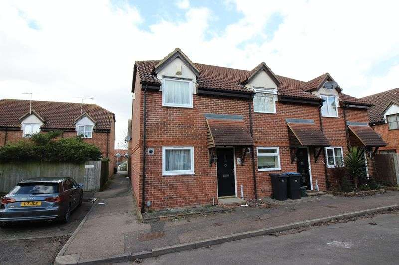 2 Bedrooms Terraced House for sale in St Andrews Meadow, Harlow, CM18