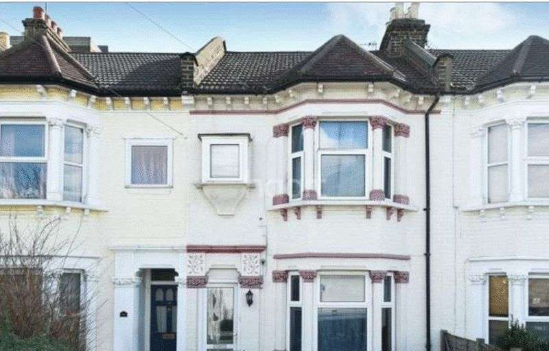 4 Bedrooms Terraced House for sale in Cotford Road, Thornton Heath, Surrey CR7 8RB