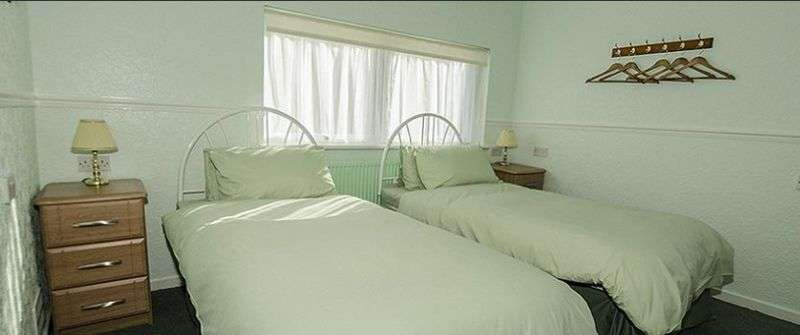 8 Bedrooms Property for sale in Moss Street, Elgin