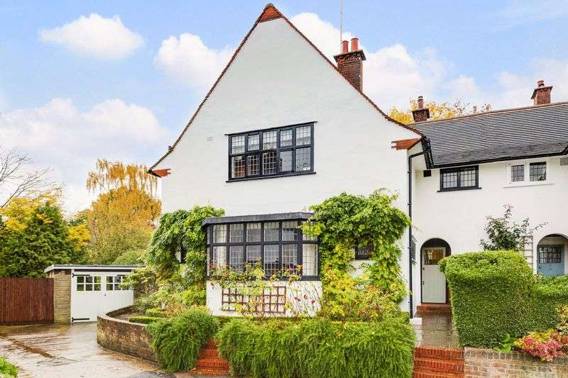 4 Bedrooms Semi Detached House for sale in Temple Fortune Lane, Hampstead Garden Suburb, NW11