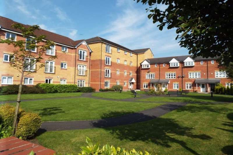 2 Bedrooms Flat for sale in Hatherton Court, Worsley, Manchester, M28