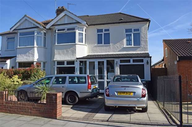 4 Bedrooms Semi Detached House for sale in Churchbury Lane, Enfield, Greater London