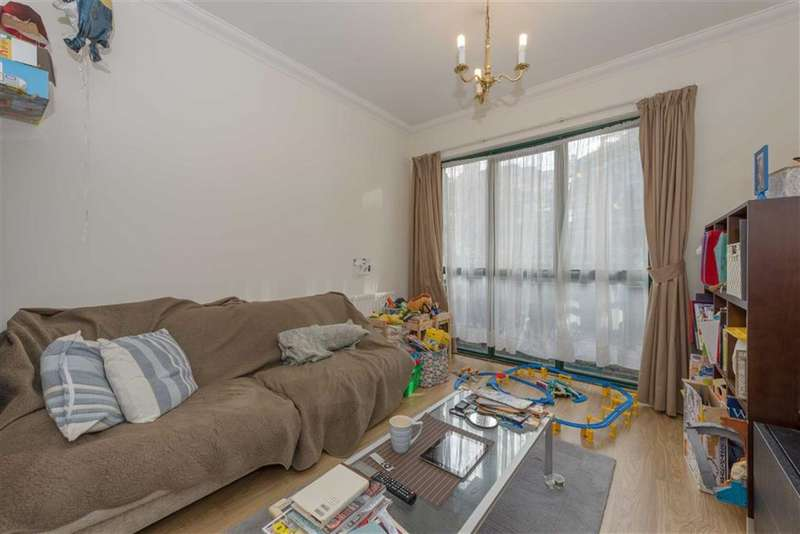 2 Bedrooms Property for sale in Ormond House, Westminster, London, SW1P