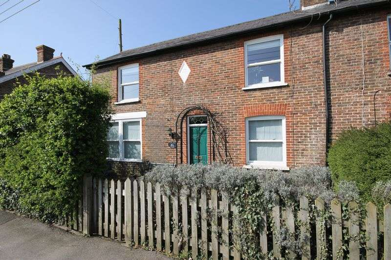 3 Bedrooms Semi Detached House for sale in Station Road, Plumpton Green, East Sussex