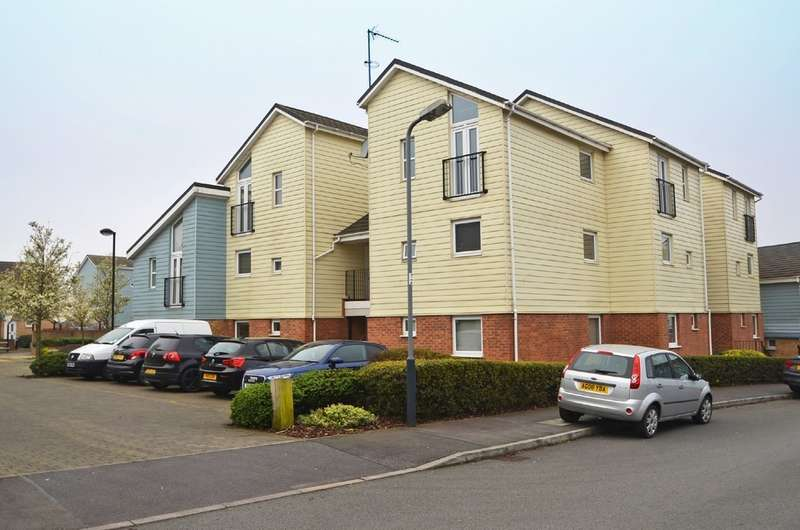 2 Bedrooms Apartment Flat for sale in Follager Road, Rugby