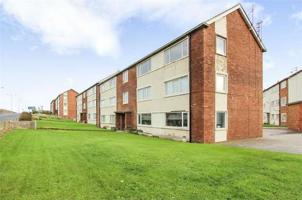2 Bedrooms Flat for sale in New Road, Lytham St Annes, Lancashire