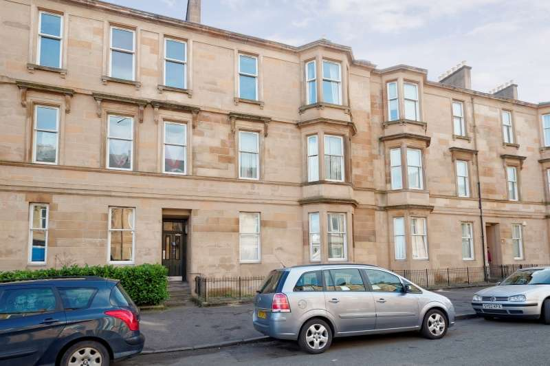 3 Bedrooms Flat for sale in 3 Melville Street, Glasgow, G41 2JJ