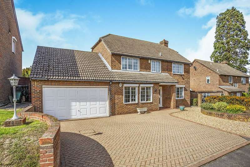 4 Bedrooms Detached House for sale in Whitchurch Close, MAIDSTONE, ME16