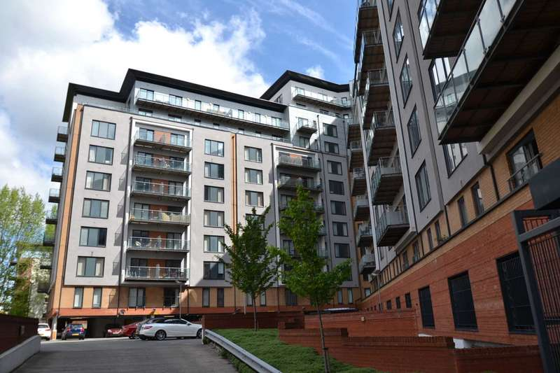 2 Bedrooms Apartment Flat for sale in XQ7, Taylorson St South, Salford Quays