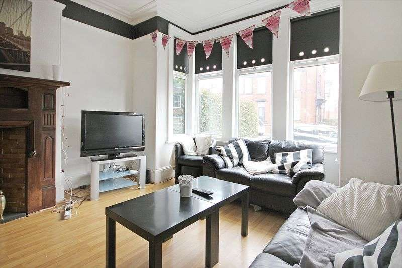 7 Bedrooms Terraced House for rent in Estcourt Avenue, Headingley, LEEDS